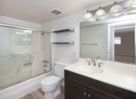 1205 E Northshore Dr 218 Tempe-small-023-18-Bathroom-666x446-72dpi
