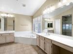 18 master bathroom tub